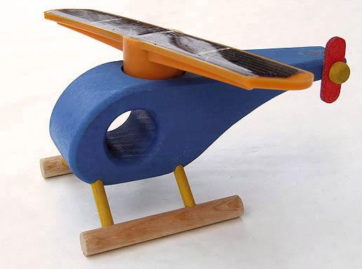 vrtulnik drevene hracky